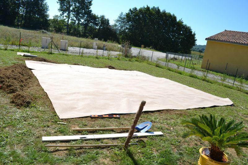 etape 2 : préparation sol piscine - construction de notre maison