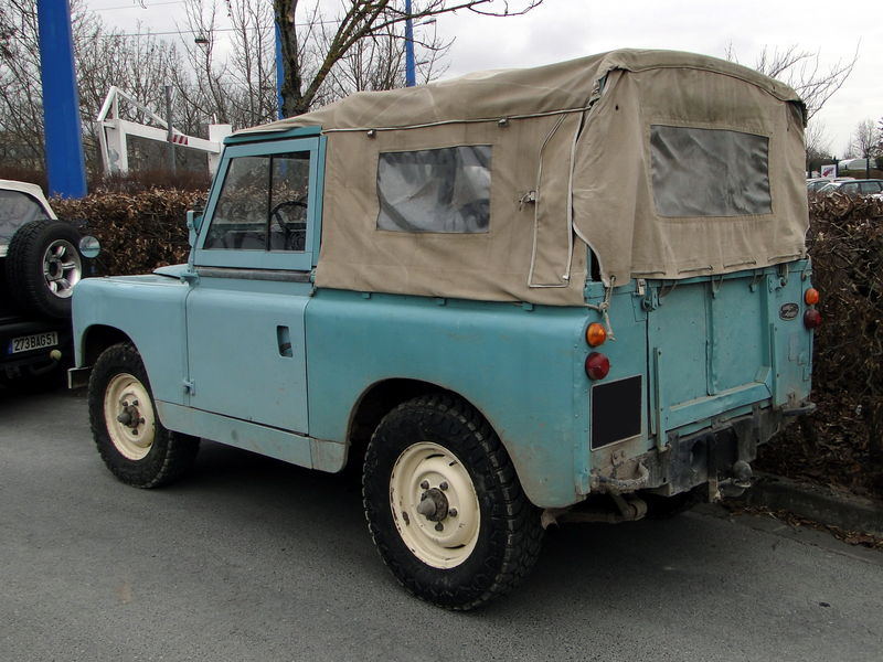 land rover 88 s rie 2 1958 1971 oldiesfan67 mon blog auto. Black Bedroom Furniture Sets. Home Design Ideas