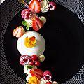 Dessert à l'assiette, panna cotta, mousse chocolat blanc-amande