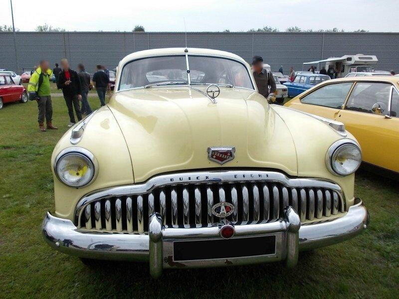 BuickRoadmaster1949av