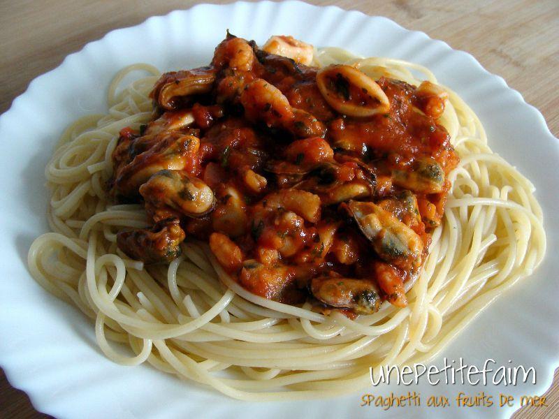 Spaghetti aux fruits de mer une petite faim - Pates aux fruits de mer recette italienne ...