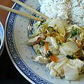 Wok de chou chinois (psé-tai) au poulet et au gingembre
