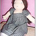 Antonine grise à pois 1