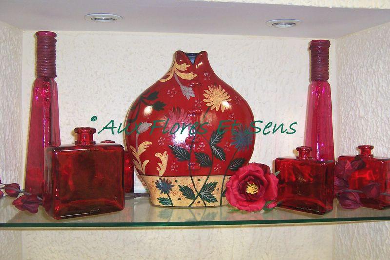 Vases rouges