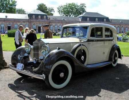 Rolls_Royce_25_30_berline_de_1937__9_me_Classic_Gala_de_Schwetzingen_2011__01