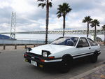 perfect_toyota_sprinter_trueno_ae86_akashi_bridge