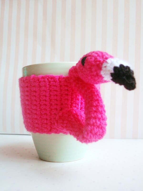 flamingo-mug-sweater-diy