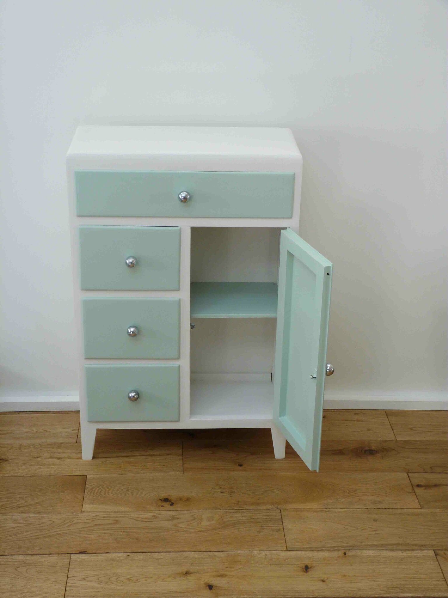 news charlotsometimes. Black Bedroom Furniture Sets. Home Design Ideas
