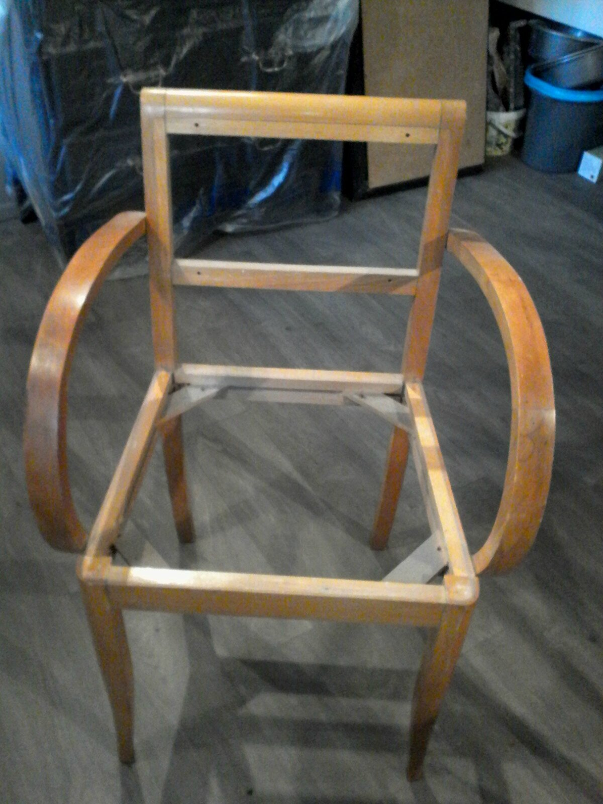 relooker mon petit meuble lors d 39 un atelier pourquoi. Black Bedroom Furniture Sets. Home Design Ideas
