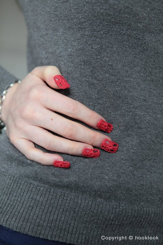 faux ongles crochet nail red granny