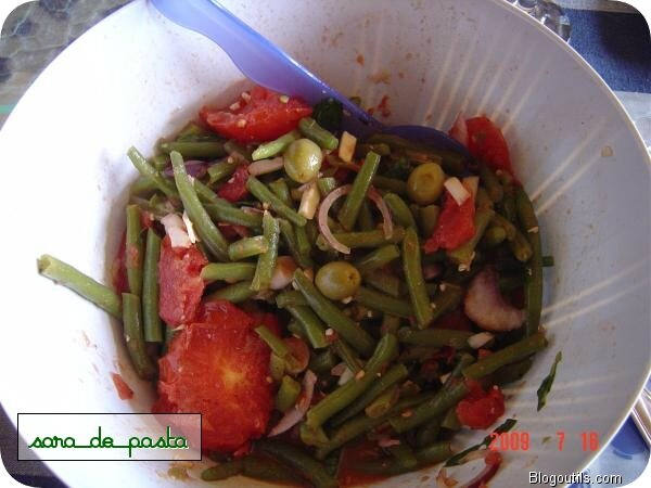 salade d'haricots verts.