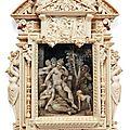 Miniature dans un cadre en ivoire finement et richement sculpté. paris, xixe siècle