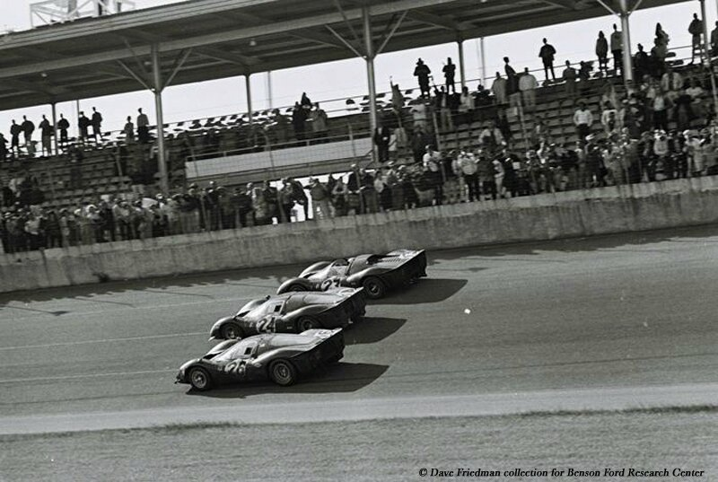 1967-Daytona-412 P_330 P 4_330 P3 4-arrivee-00b