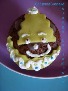 Christmas_Cupcake_3