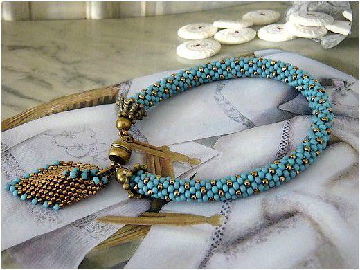 Bracelet crocheté bleu & bronze (pour Elena)