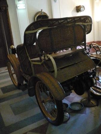 HUGOT_carrosserie_Petit_Duc_2_places_en_osier_1897_Rochetaill_e__2_