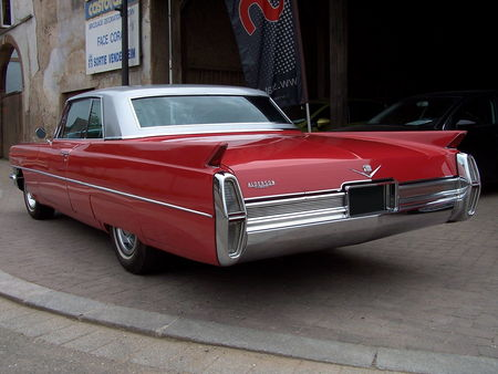 CADILLAC_Series_Sixty_Two_Hardtop_Coupe___1964__2_
