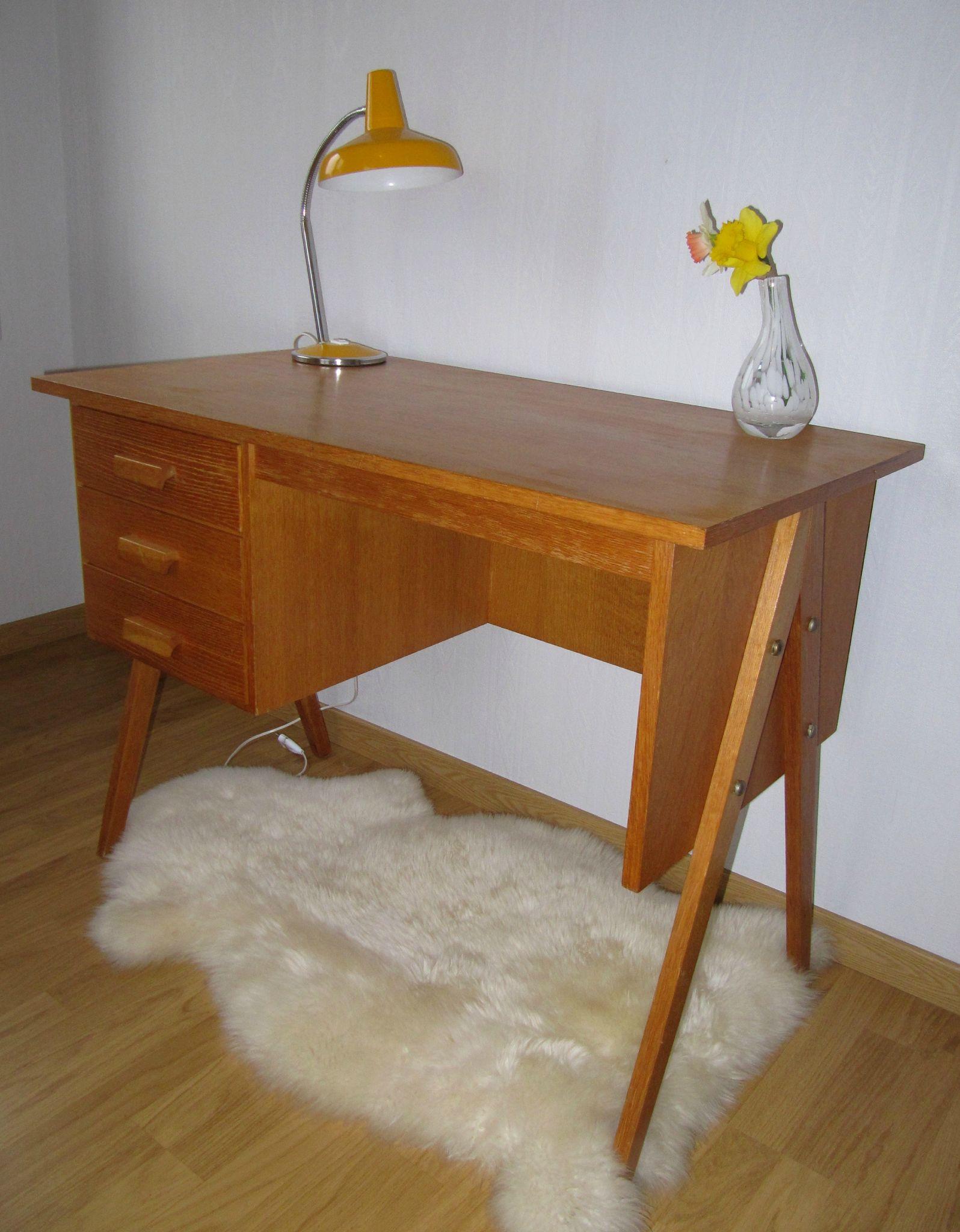 mobilier vintage pour enfants ribambelle compagnie. Black Bedroom Furniture Sets. Home Design Ideas