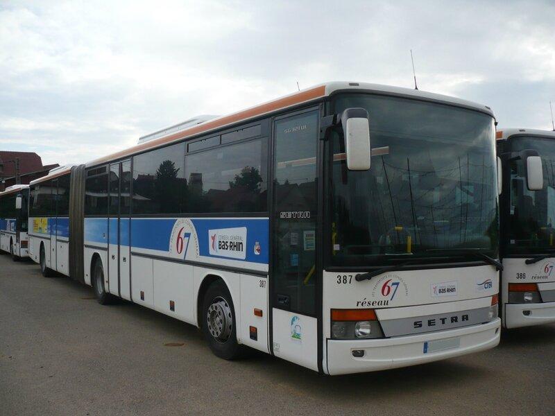SETRA SG321UL autobus articulé du Réseau 67 Wingersheim (1)
