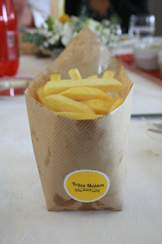 baptème déco theme marin origami bateau gris jaune cornet frites