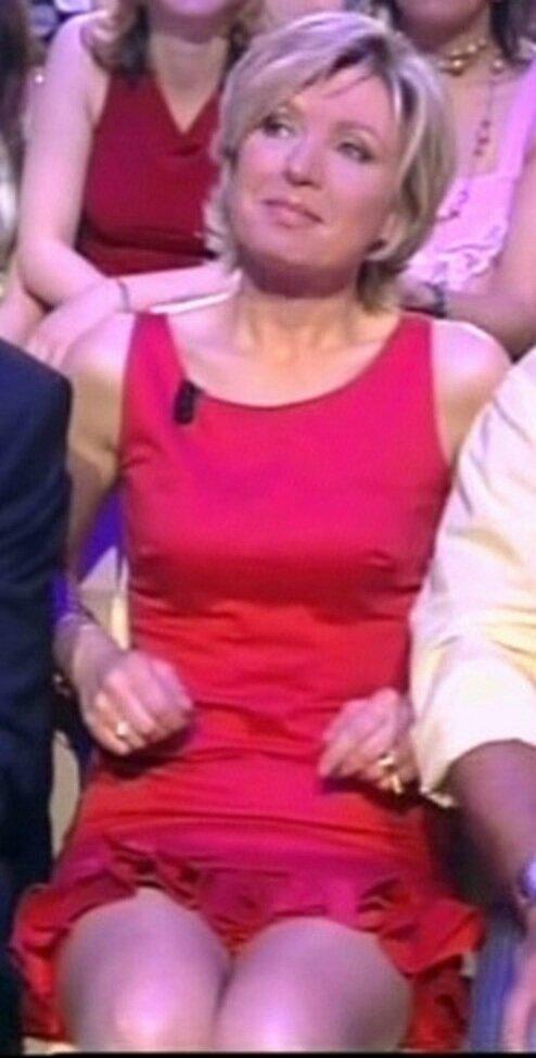 Aimee Richardson nipple and pussy slip pics