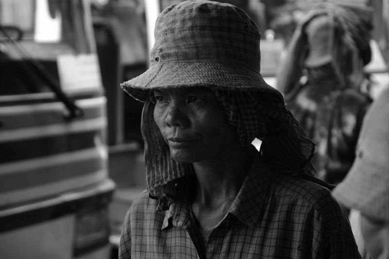 An old woman in Skuon