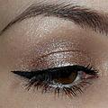 Doux eyeliner.