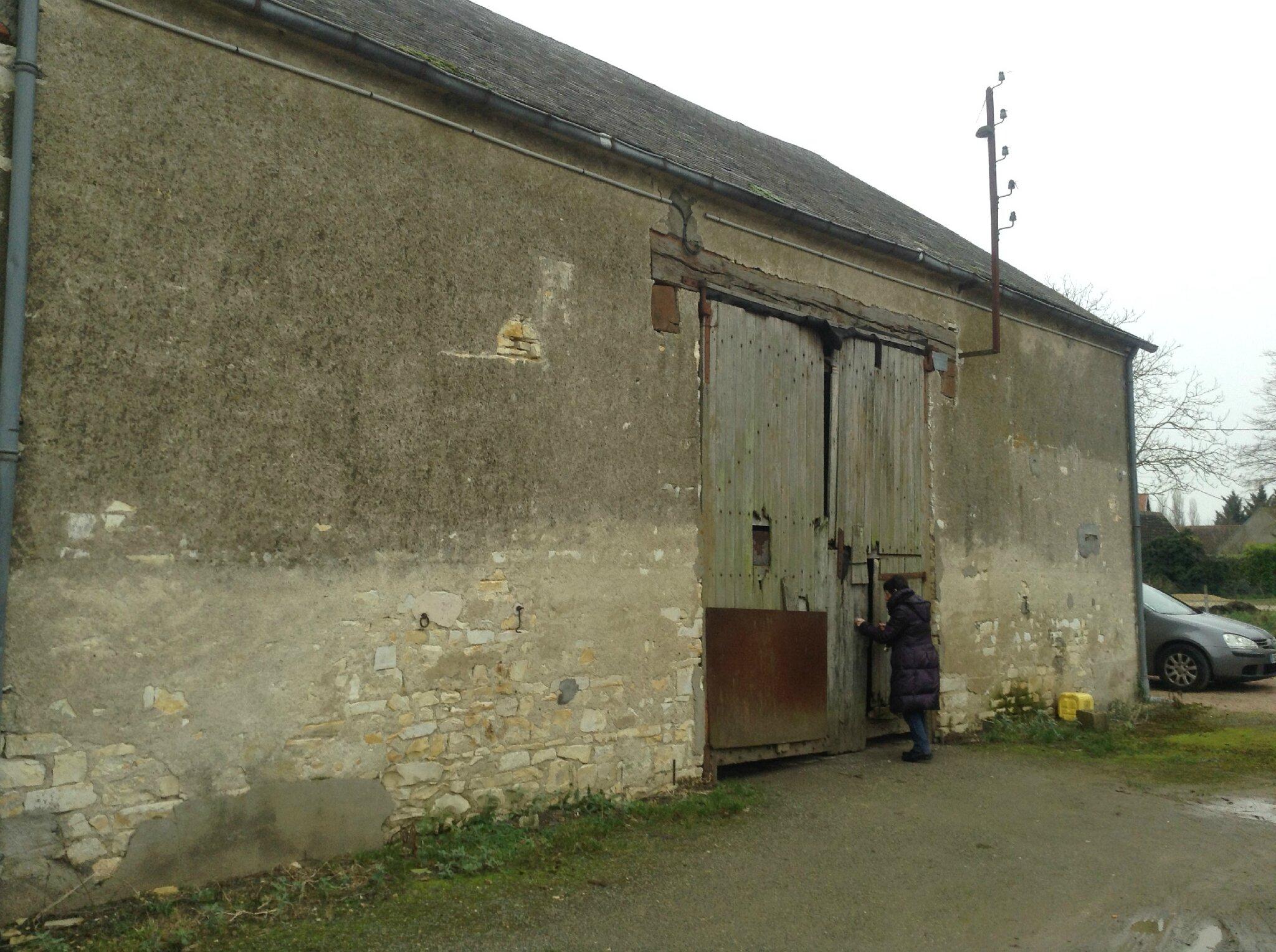 R novation d 39 une grange en habitation dans le cher 18 - Renovation hangar en habitation ...