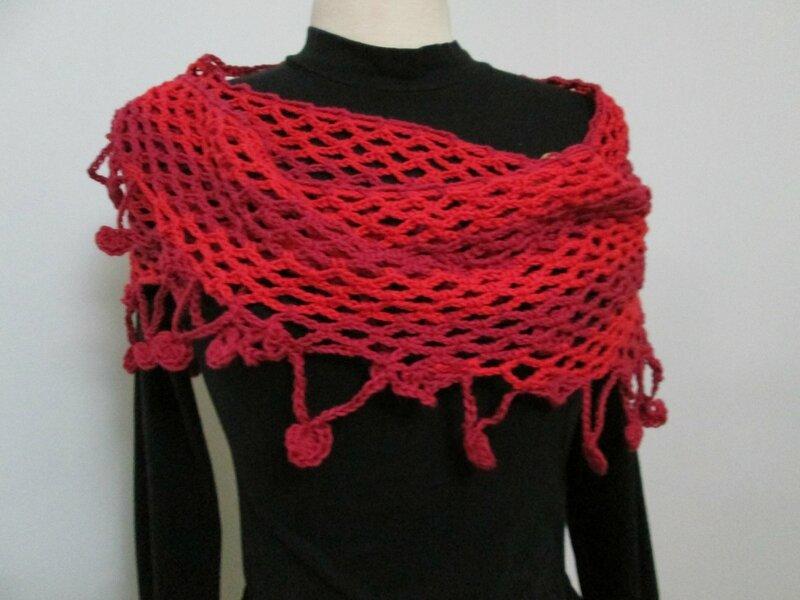 Chale en coton a breloques (5)