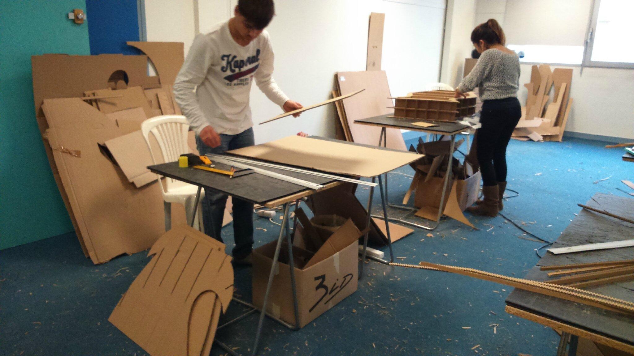 meubles design lyon confluence. Black Bedroom Furniture Sets. Home Design Ideas