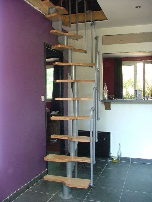 Escalier modulable - Escalier encombrement minimum ...