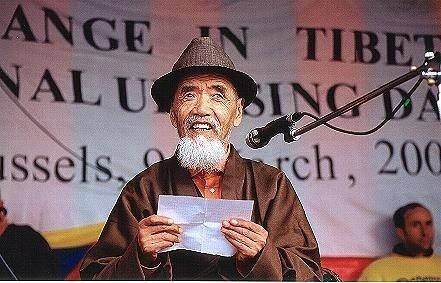 A Bruxelles le 10 mars 2003 - Takna Jigmé Sangpo, emprisonné et torturé pendant 37 ans
