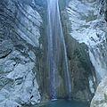 grèce lefkas filet d'eau à la cascade en fin d'été