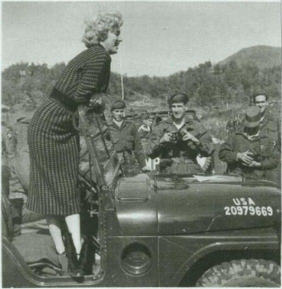 1954-02-18-korea-2nd_division-wool_dress-031-1