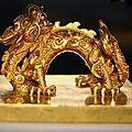 Quelques objets en or de la dynastie des nguyễn