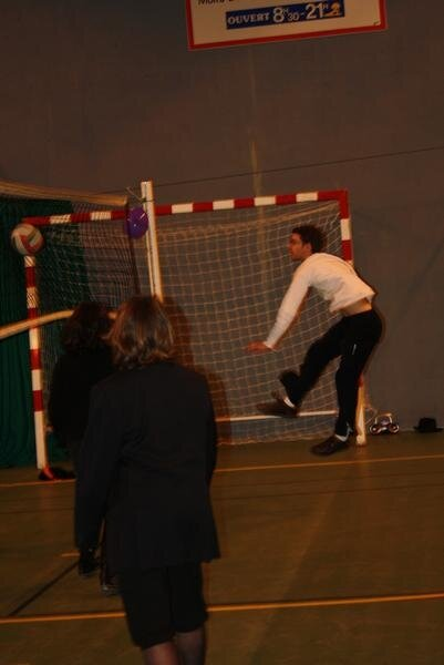 2010-12-16_volley_deguise_51
