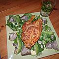 Coquelets panés sur lit de verdure