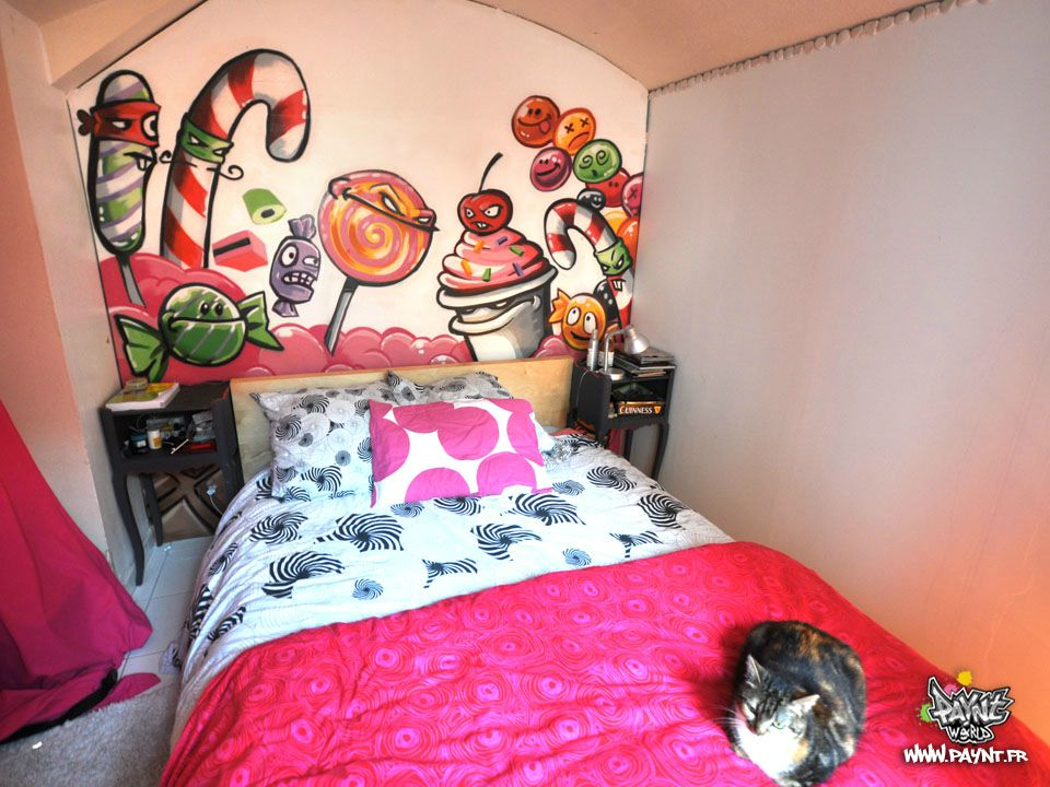 Sweet graffiti chambre decoration interieur bonbon for Chambre rose fushia et blanc