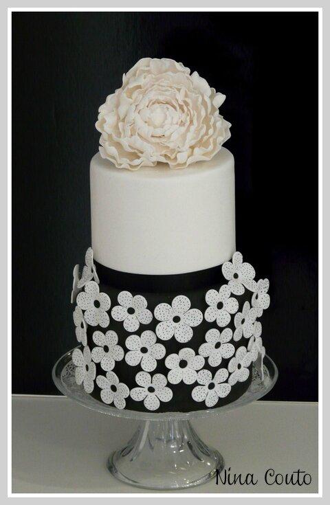 wedding cake noir et blanc 1