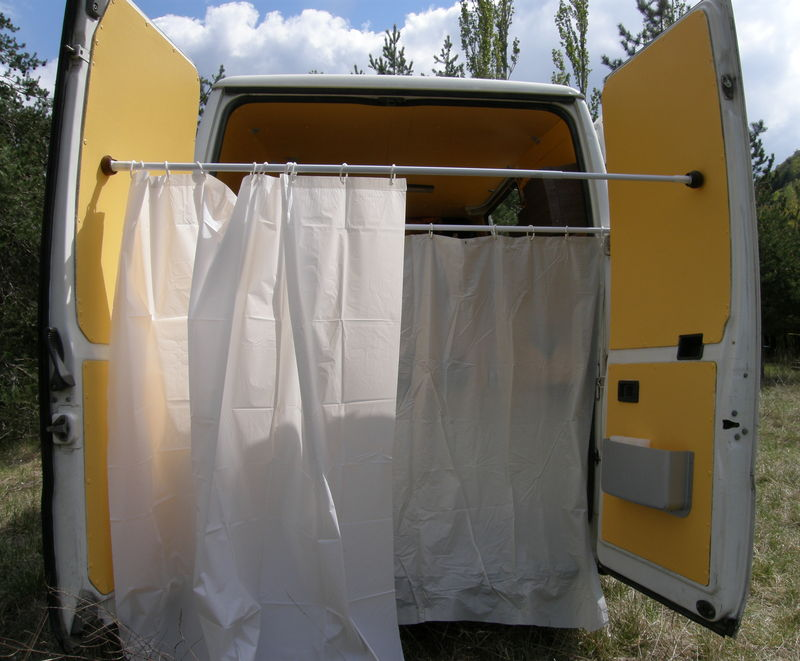 Am nagement du coin salle de bains libertao - Douche solaire camping car ...