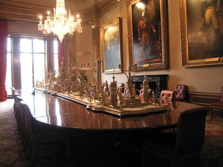 222_Apsley_House_banquet_room