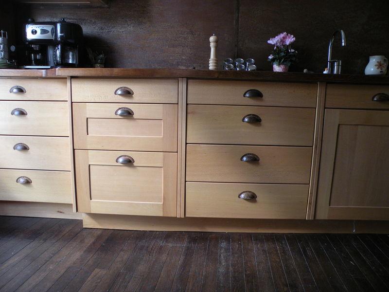 Poignes placard cuisine perfect poignees de meubles de - Poignee de porte armoire cuisine ...