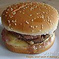 Burgers boeuf bacon et fromage à raclette