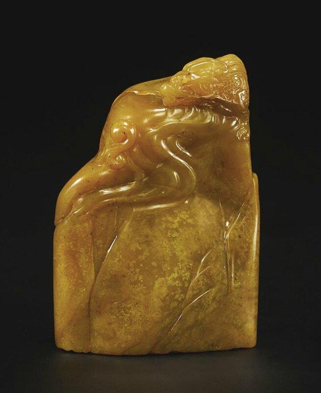 A fine soapstone 'YAN SHOU YI NIAN' seal, Qing dynasty2