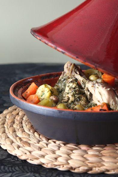 TAJINE de poulet aux olives servi en tajine LE MIAM MIAM BLOG