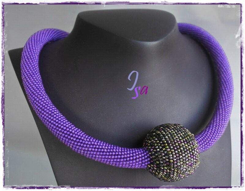 Collier MS 'Boule' mauve