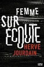 Femme-Sur-coute