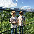 2 tuniques des IPE (tailles 6 ans)