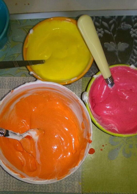 mélange mousse a raser colle peinture