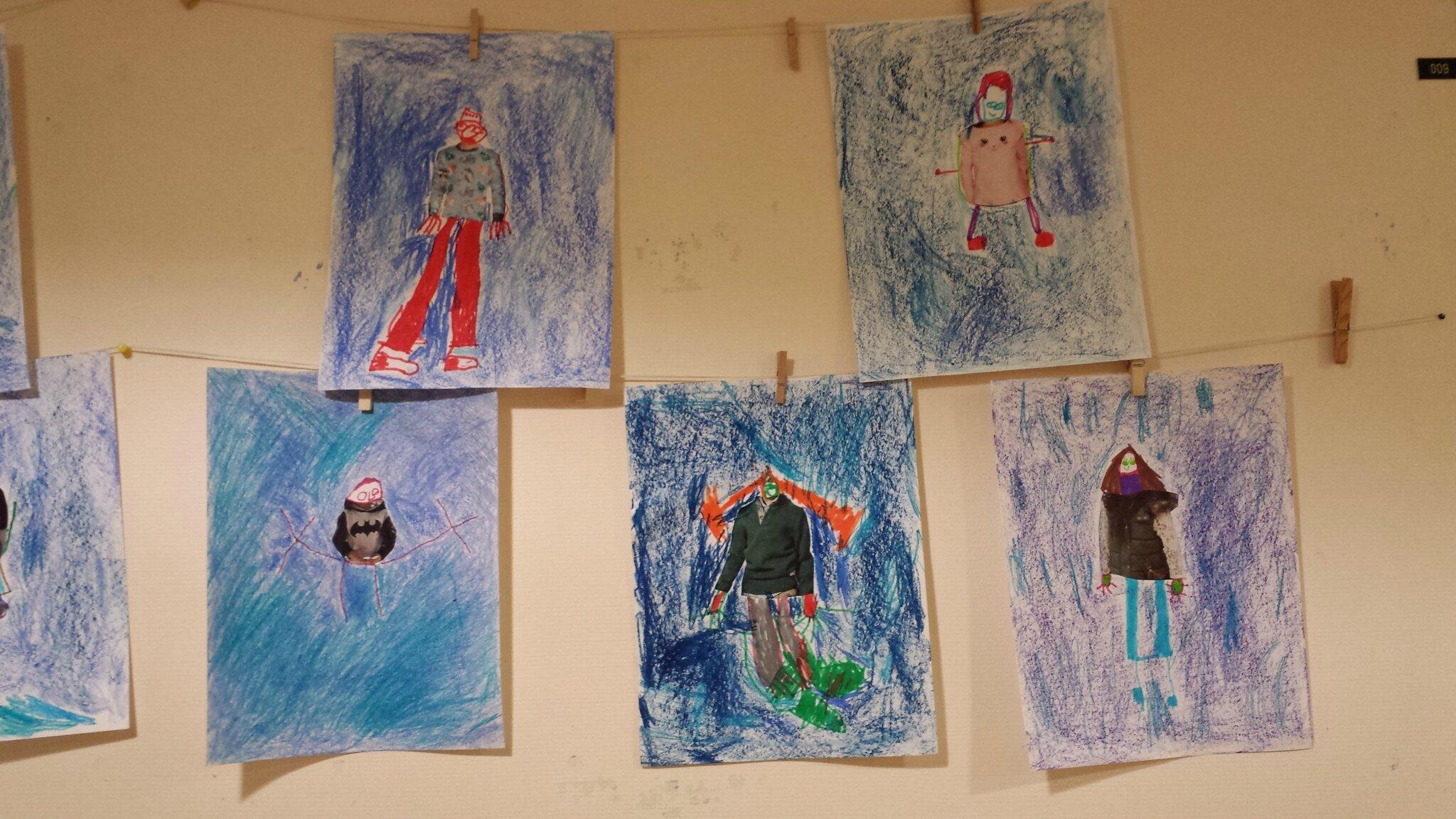 Decoration Maternelle Noel : Travail des grands d après la fillette en bleu de